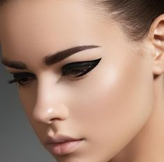 The beauty of women lies in her eyes. Her eyes speak the language of her hearts. We at Nailplace   guarantee you the best beauty service. #beautycare #nailplace #beautysalondubai #fabeyes