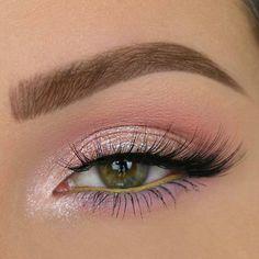 @taniawallerx3 #makeup #eyeliner #eyelashes #eyelook #eyeshadow #eyeglitter #makeupgirls #makeuplovers #makeuplook #makeupartist #makeupaddict #makeuptime #makeuptutorial #makeupforever