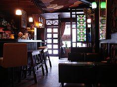 Retro Interior Design, Japanese Interior Design, Cafe Interior, Japanese Design, Cafe Design, Store Design, House Design, Zen Interiors, Fantasy House
