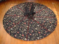Christmas Tree Skirt In Traditional Red Green Yellow Plaid