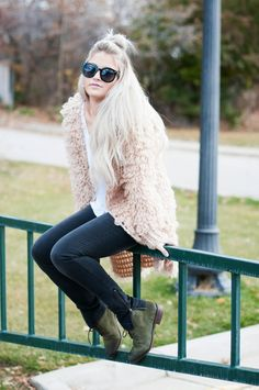 what-id-wear:  What I'd Wear: The Outfit Database (source: Cara Loren)