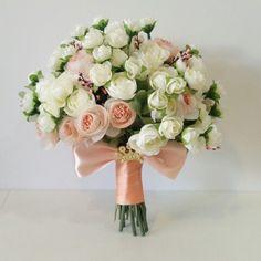 Çok güzelim elimde değil   siparis için mesaj atiniz veya  05453768273 ten whatapptan ulasiniz  www.gelinbuketleri.com