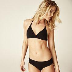 www.woronstore.com Soft-bra: CLEAV BASE. Panties: CHEEKY BASE
