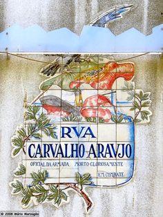 Painel de Azulejos na Rua Carvalho Araújo, Campo de Ourique, Lisboa. Mário Marzagão alfacinha: Azulejos.