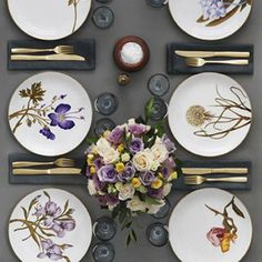 Flora Danica Table Setting in the 2012 Royal Copenhagen Catalogue Flora Danica, Beautiful Table Settings, Table Set Up, Royal Copenhagen, Elegant Table, Table Arrangements, Deco Table, Dinner Table, Home Interior