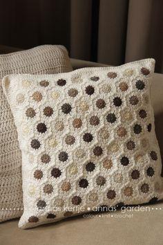 Lovely pillow case by Annás Kertje
