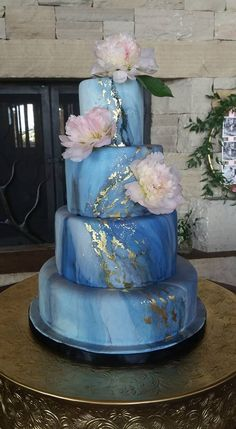 My version of the lovely blue marble with gold cake done by Nadia and Co.  #kelleykakes #bluemarbleweddingcake #denverweddingcakes www.kelleykakes.com Gold Cake, Denver, Wedding Cakes, Marble, Desserts, Blue, Wedding Gown Cakes, Tailgate Desserts, Deserts