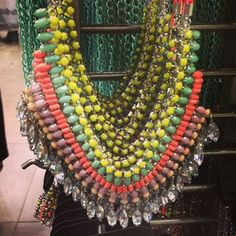 We reckon neon is the perfect way to start and brighten up your week! #neon #topshop #topshopoxfordcircus #necklace