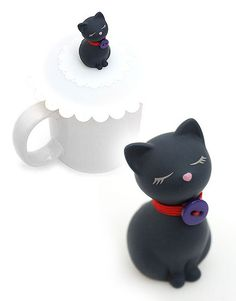 Silicone cup cover. For more cool gifts for cat lover click on the picture.