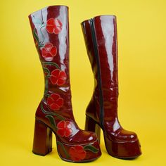 Dr Shoes, Me Too Shoes, Shoes Heels, Aesthetic Shoes, Aesthetic Clothes, Pretty Shoes, Cute Shoes, 70s Fashion, Fashion Shoes