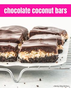 Chocolate coconut bars! This recipe is super easy to make--you don't even need a mixer--and they're the perfect treat for anyone who loves chocolate and coconut together. Oreo crust, gooey coconut filling, and rich chocolate ganache topping make these delicious cookie bars hard to beat! Chocolate Coconut Cookies, Chocolate Desserts, Chocolate Ganache, Homemade Chocolate, Chocolate Chocolate, Easy Homemade Desserts, Homemade Cookies, Coconut Bars, Coconut Recipes