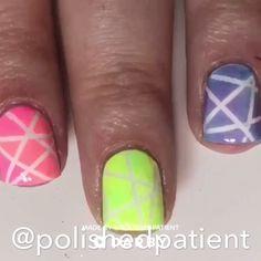 How to Do a Neon Gradient Manicure Nail Art Kimogstore Diy Nails, Cute Nails, Pretty Nails, Diy Manicure, Nagel Blog, Natural Hair Mask, Nagellack Trends, Nail Polish, Nail Art Videos