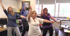 Estos profesores tienen una fiesta en la oficina ahora mira cuando llegan sus estudiantes #viral