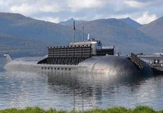 The Russian navy is building new nuclear-powered submarines and deploying them more aggressively, seemingly reviving a Cold War approach to naval warfare. Soviet Navy, Russian Submarine, Nuclear Submarine, Naval History, Women's History, British History, Ancient History, American History, Native American