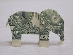 Dollar Bill Elephant http://erikamarie.hubpages.com/hub/Dollar-Bill-Craft-Ideas-for-Gifts-and-Gift-Packaging