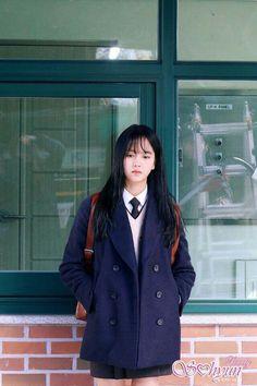 Kim so hyun Kim So Hyun Fashion, Korean Girl Fashion, Kim Yoo Jung Fashion, Kim So Eun, Kim Sejeong, Moda Ulzzang, Ulzzang Girl, School Uniform Outfits, Korean Celebrities