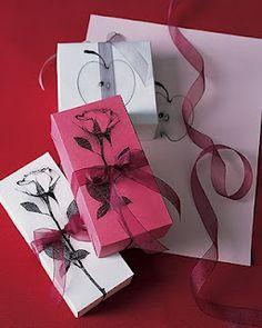 envoltura de regalos con fotocopias