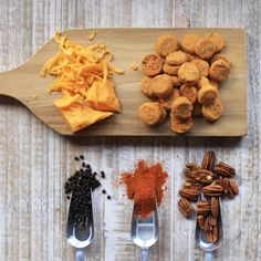 New York Aged Cheddar, Georgia Pecan, and a kick of Cayenne Pepper are just a few reasons these are our Most Popular Savory bites. Southerners from Savannah to Cincinnati prefers these bite-size biscuits for entertaining and everyday snacking.