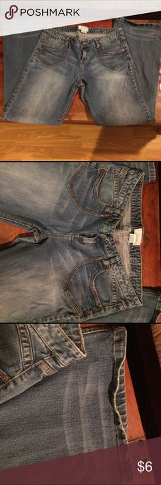 Maurices 15/16 Jeans Previously enjoyed! Great pair of jeans! Maurices Jeans Flare & Wide Leg