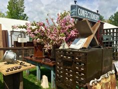 An Expert's Guide To The Brimfield Antique Show & Flea Market