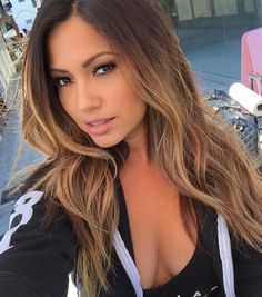 WEBSTA @ jessicaburciaga - #NationalSelfieDay  what other day will they invent next?