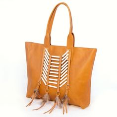 Such a great accent for the fall! Caramel Accent Tote: Tailwind | Sseko Designs | #ethicalfashion