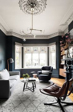 Having small living room can be one of all your problem about decoration home. To solve that, you will create the illusion of a larger space and painting your small living room with bright colors c… Small Living Room, House Interior, Home, Victorian Living Room, Living Room Lighting, Living Room Diy, Living Room Color, Living Room Grey, Living Room Designs