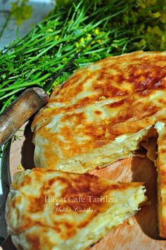 Tava Böreği Tarifi - easy to make - Pie Recipes Pastry Recipes, Cooking Recipes, Healthy Breakfast Recipes, Healthy Recipes, Simple Recipes, Breakfast Egg Casserole, Turkish Kitchen, Turkish Recipes, Vegetable Recipes