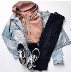 casual outfits for teens Cost is another factor that should be taken into consideration when choosin Cute Teen Outfits, Teenage Girl Outfits, Cute Comfy Outfits, Teen Fashion Outfits, Teenager Outfits, Mode Outfits, Retro Outfits, Cute Fashion, Outfits For Teens
