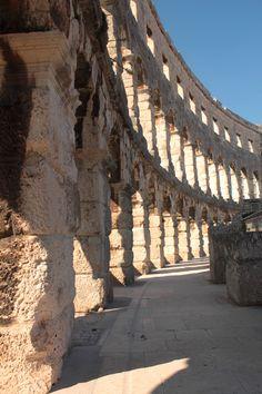 the #Roman arena at #Pula, #Croatia (Croacia) dates to 27 BC – 68 AD
