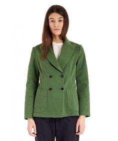 Jacket Dalia Bullo Oliva  Woman olive Jacket with a peak lapel collar. The Dalia Bullo is a double-breasted jacket with patch pockets.