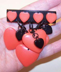 VINTAGE  Hard Plastic Heart Pin/Brooch - Just Needs a Pinback.....  Etsy.