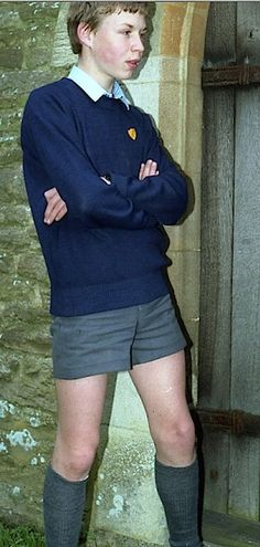 Proper schoolboy in proper short shorts Matching Couple Outfits, Matching Couples, School Boy, School Uniform, Grey School Shorts, School Forms, Teen Guy, Vintage School, Short Shorts