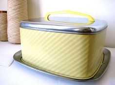 1940s/50s cake carrier by analogueshop on Etsy, $38.00