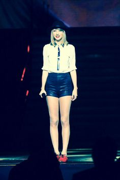 Taylor Swift brings the Red Tour to Tokyo