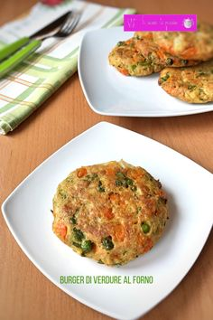 Pea balls with mint chutney- Baked vegetable burger - Chicken Snacks, Chicken Recipes, Cena Light, Healthy Dinner Recipes, Vegetarian Recipes, Easy Cooking, Cooking Recipes, Menu Dieta, Baked Vegetables