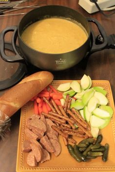 Easy Beer Cheese Fondue - great romantic meal or for a holiday party!