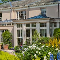 Orangery with bi-fold doors classic style conservatory by vale garden houses classic Orangery Extension Kitchen, Conservatory Extension, Conservatory Design, Open Plan Kitchen Dining, House Extension Design, Roof Lantern, Living Room Styles, Garden Houses, Glass Room