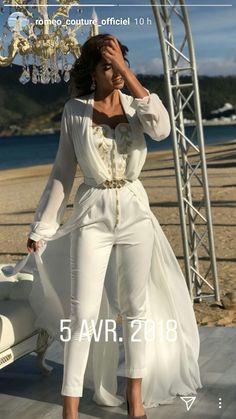 Modern Folk Embroidery t h e b e a u t y o f (g) r a c e ( Morrocan Kaftan, Moroccan Dress, Traditional Fashion, Traditional Outfits, Morrocan Fashion, Large Size Clothing, Caftan Dress, Folk Embroidery, Embroidery Ideas