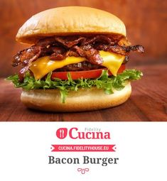Crazy Burger, Sweet Potato Rolls, Sandwiches, Cheap Meat, Cooking Challenge, Vegan Cafe, Gourmet Burgers, Famous Recipe, Vegan Restaurants