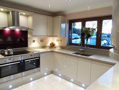 Remo Beige - Steve Murphy Interiors Ltd kitchen