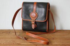 05b805c02 Vintage Black & Tan Leather Purse - FRONT - Kettle Creek Canvas Company - Port  Stanley