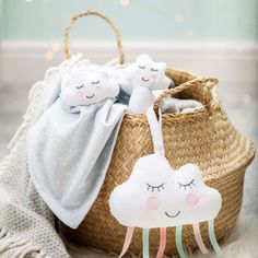 This gentle baby rattle is inspired by dreamy skies and fluffy clouds in soft hues of grey and white. Our Sweet Dreams smiley expression is sure to bring joy and warmth to your little one. Dimensions: x x cm Pram Stroller, Baby Strollers, Sweet Dreams Baby, Pram Toys, Gentle Baby, Sass & Belle, Baby Rattle, Air Hockey, Keepsake Boxes