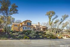 The pics are not enough to show you how gorgeous this house is! Contact me for a showing! 916/765.1890   CALBRE#:01943267. You will be captivated by this Tuscan-inspired by premier architect, Mark Gomm. Adjacent to the 9th fairway of the Serrano Country Club Golf Course.  #debsimons #debsimonsrealtor #debsimonscoldwellbanker #6210aldea #eldoradohillslife #sactomoves #serrano