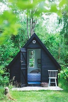 """""""She Sheds"""" Are the New Man Caves #purewow"""