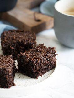 """"""".Den du ved nok""""-kage. Chokoladekage brugt til Viktors togkage til treårs fødselsdag."""