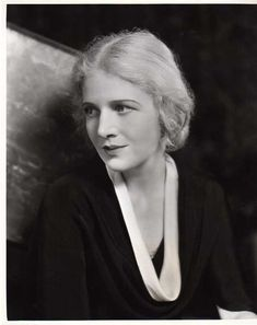 The lovely Ann Harding. Hollywood Star, Vintage Hollywood, Classic Hollywood, Ann Harding, Best Actress Oscar, Ann Sheridan, Thing 1, Myrna Loy, Love Photos