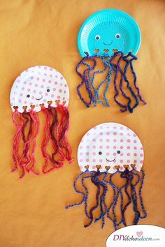 Jellyfish from paper plates - DIY crafting ideas for crafts with .- Quallen aus Papptellern – DIY Bastelideen fürs Basteln mit Kleinkindern Jellyfish from paper plates – DIY crafting ideas for crafting with small children - Kids Crafts, Diy Home Crafts, Toddler Crafts, Arts And Crafts, Paper Plate Crafts, Paper Plates, Diy Niños Manualidades, Jellyfish Quotes, Jellyfish Facts
