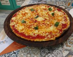 Pizza Margherita at @grandmamascafe using the @mflcard with @shashinvalia @yutidalal @foodalong @nishdos @jun6lee @shinyradical #MFLCard #MFLClub  #Mumbai #MumbaiFood #MumbaiFoodLovers #GrandmamasCafe