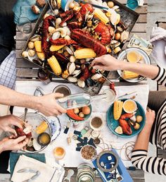 I'd love to go to a clam bake. Think Food, Love Food, Clambake Recipe, Clambake Party, All I Ever Wanted, Clams, Bon Appetit, Seafood Recipes, Wine Recipes